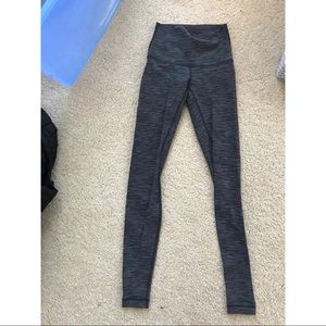 Size 2 lululemon leggings, worn once. No tags.